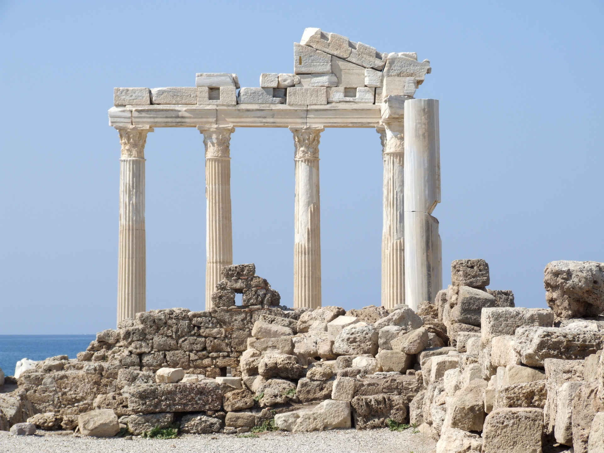 Learn Ancient Greek in 64 Free Lessons: A Free Course from Brandeis u0026amp; Harvard | Open Culture