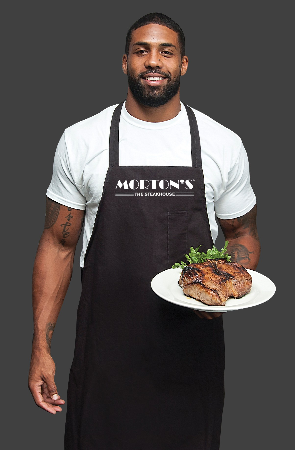 Celebrity Servers with Houston Texans Arian Foster at Mortonu0026#39;s The Steakhouse