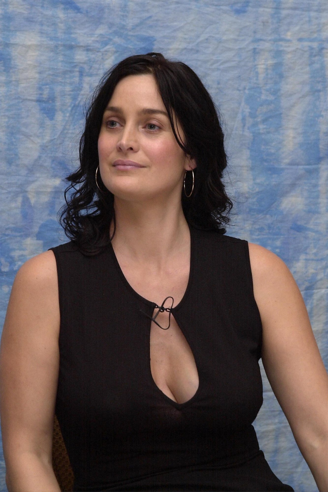 ... Carrie-Anne Moss Wallpapers High Resolution and Quality Download ...