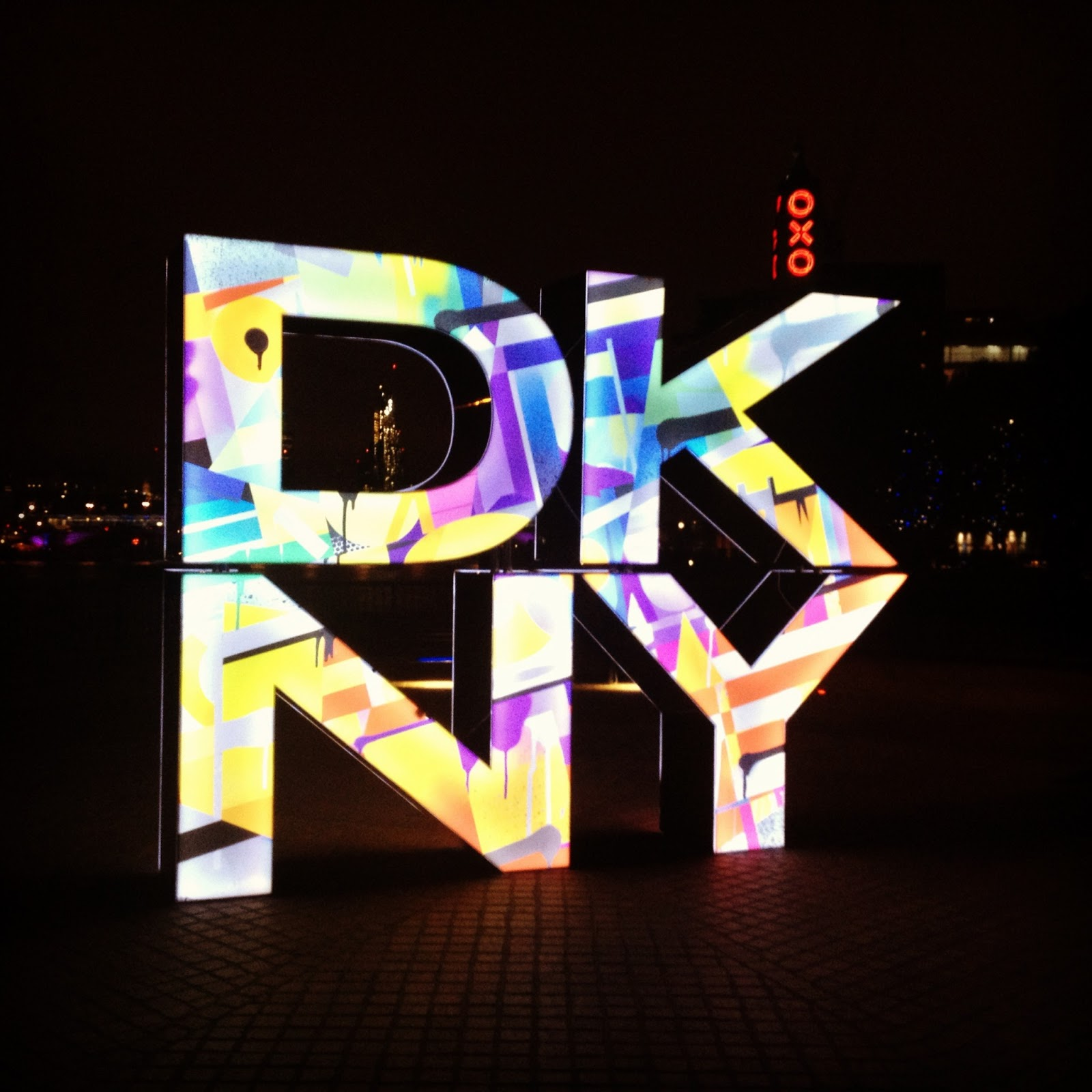 ... the frame of the DKNY logo