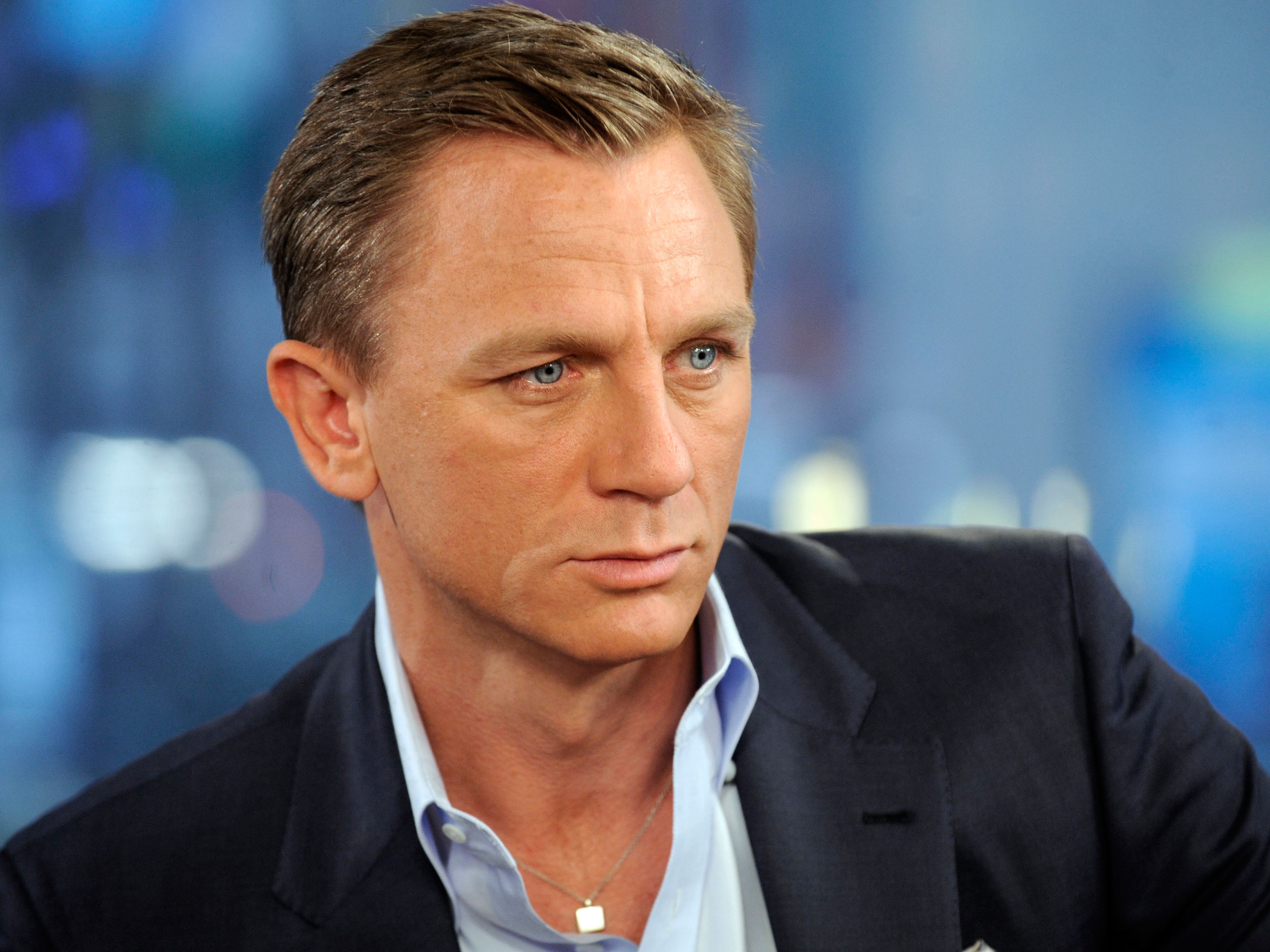 Daniel Craig....I mean come on.... seriously.