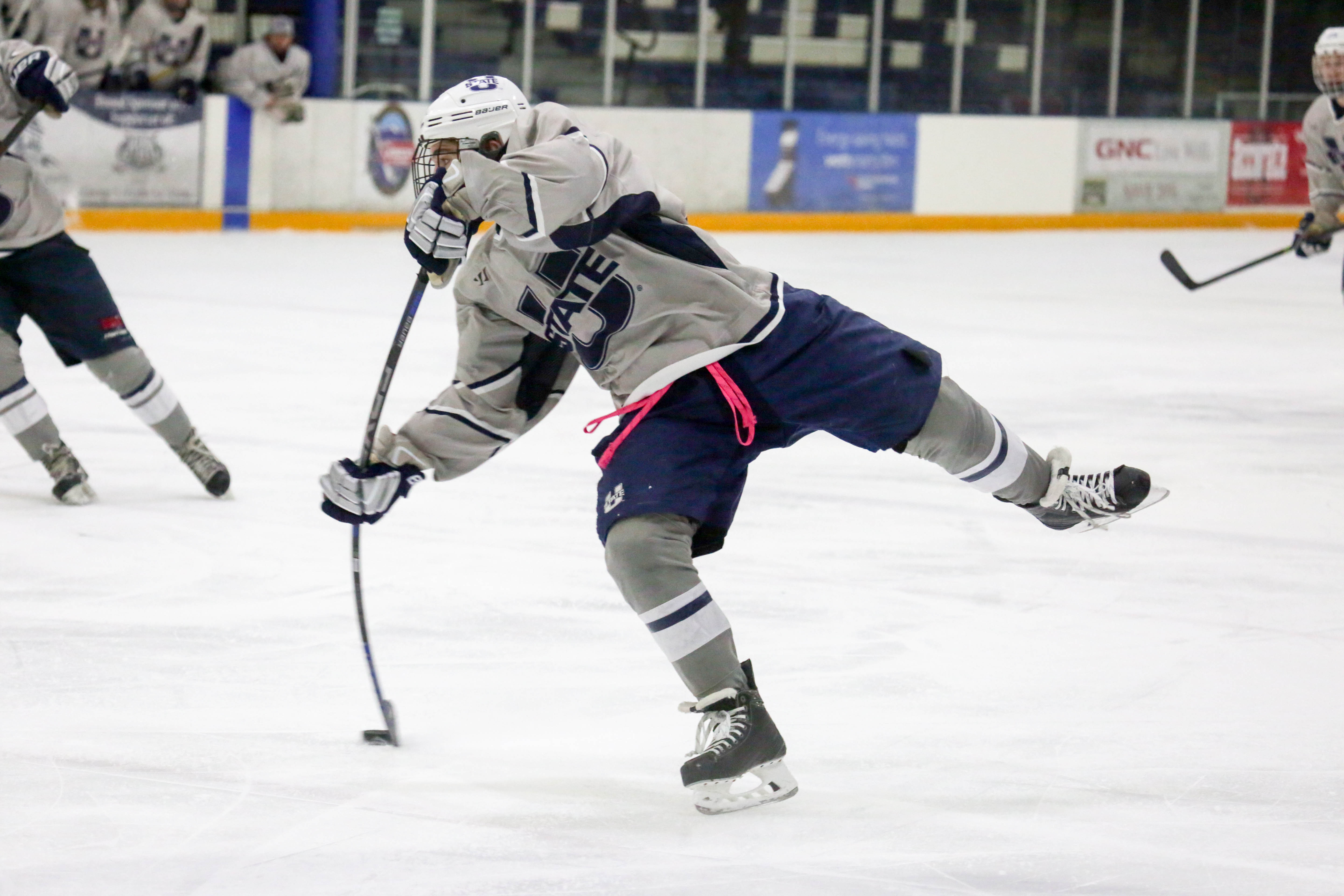 Last-minute hat trick wins game for Aggies u0026middot; HockeySports