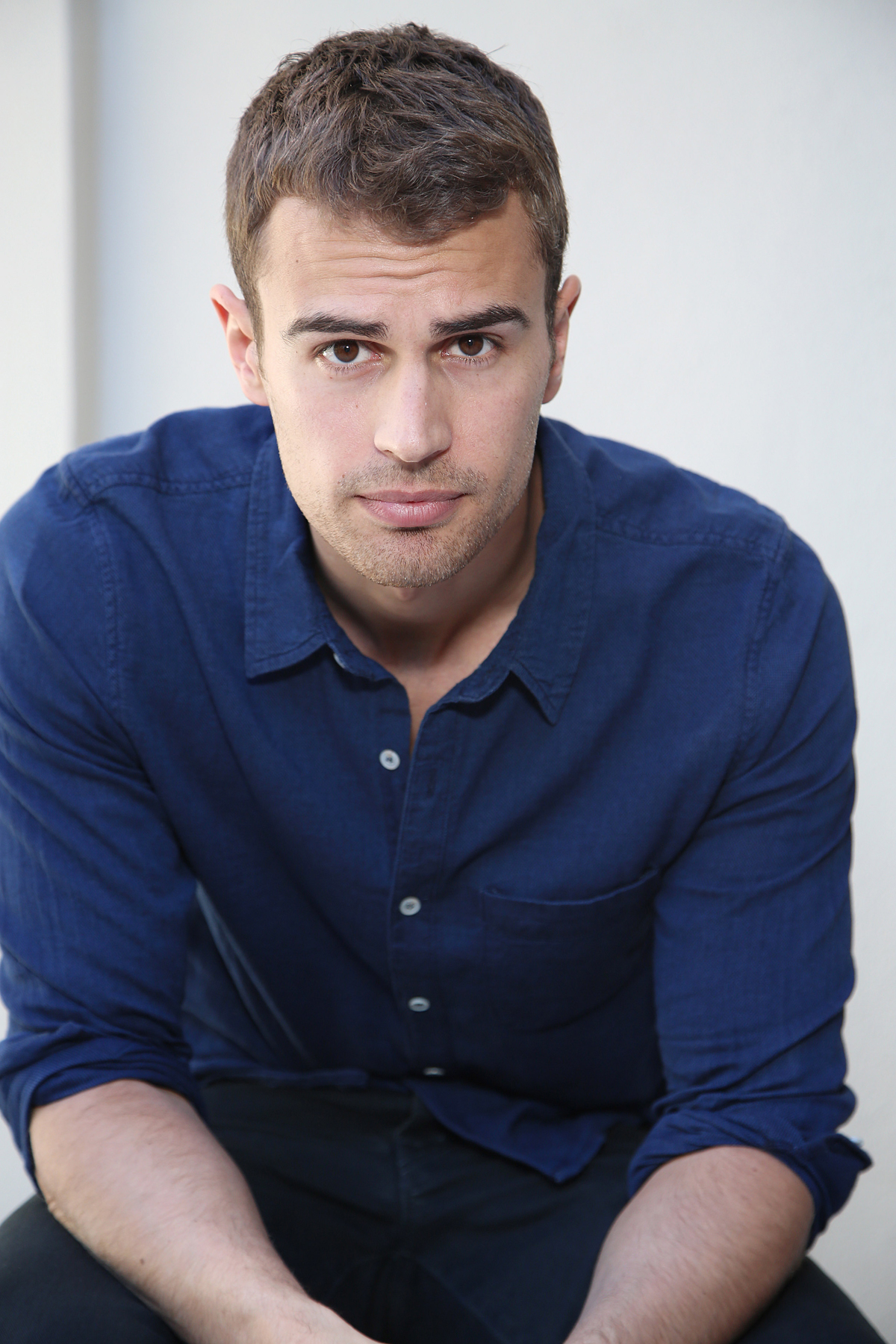 u0026quot;Insurgentu0026quot; actor Theo James is photographed in Beverly Hills on March 6