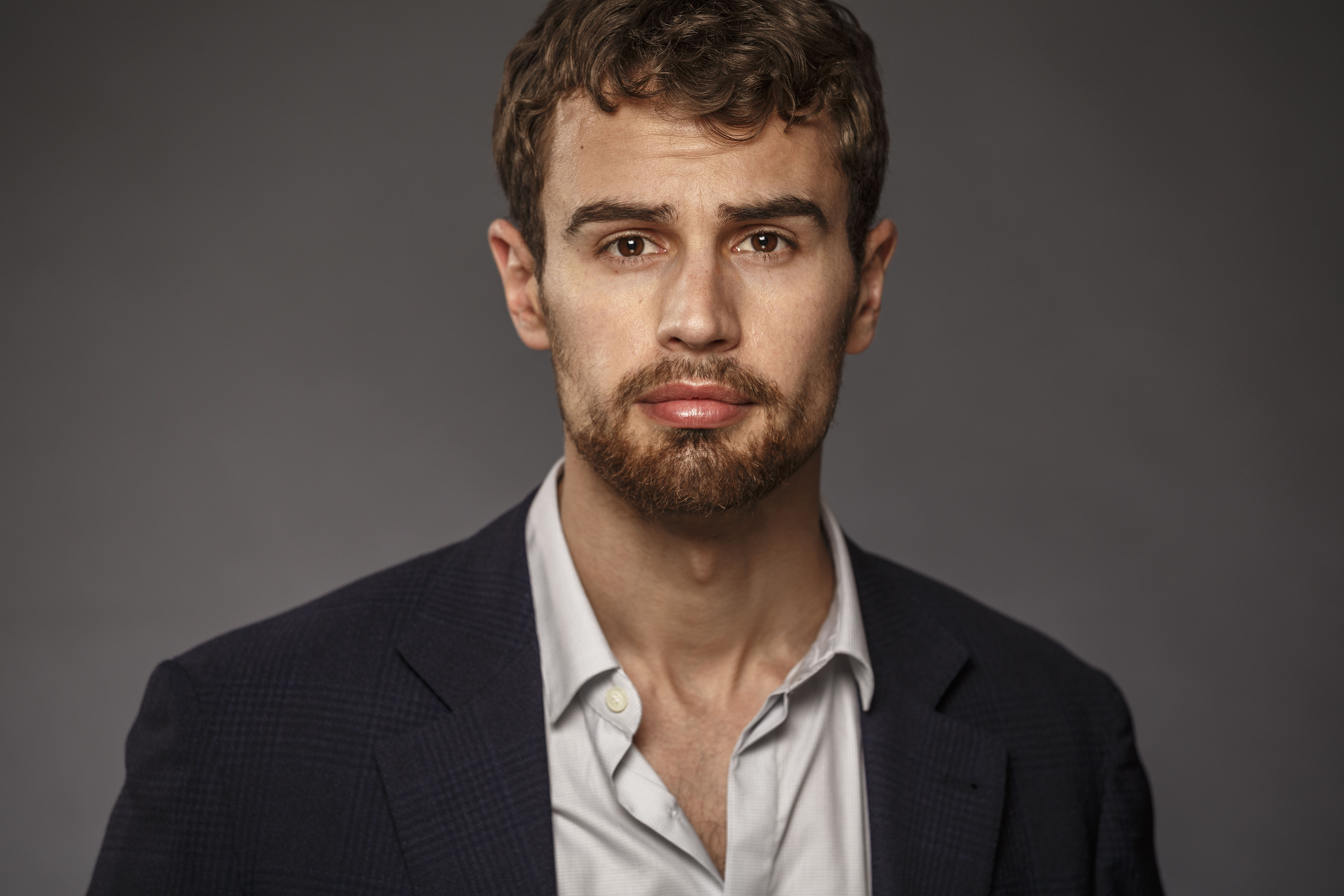 1000+ images about Theo James on Pinterest | Theo james
