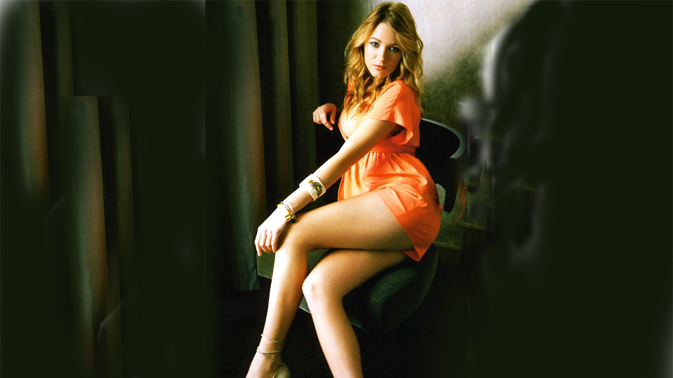 More 'Blake Lively' Nude Photos Leaked m Blake lively hot photos