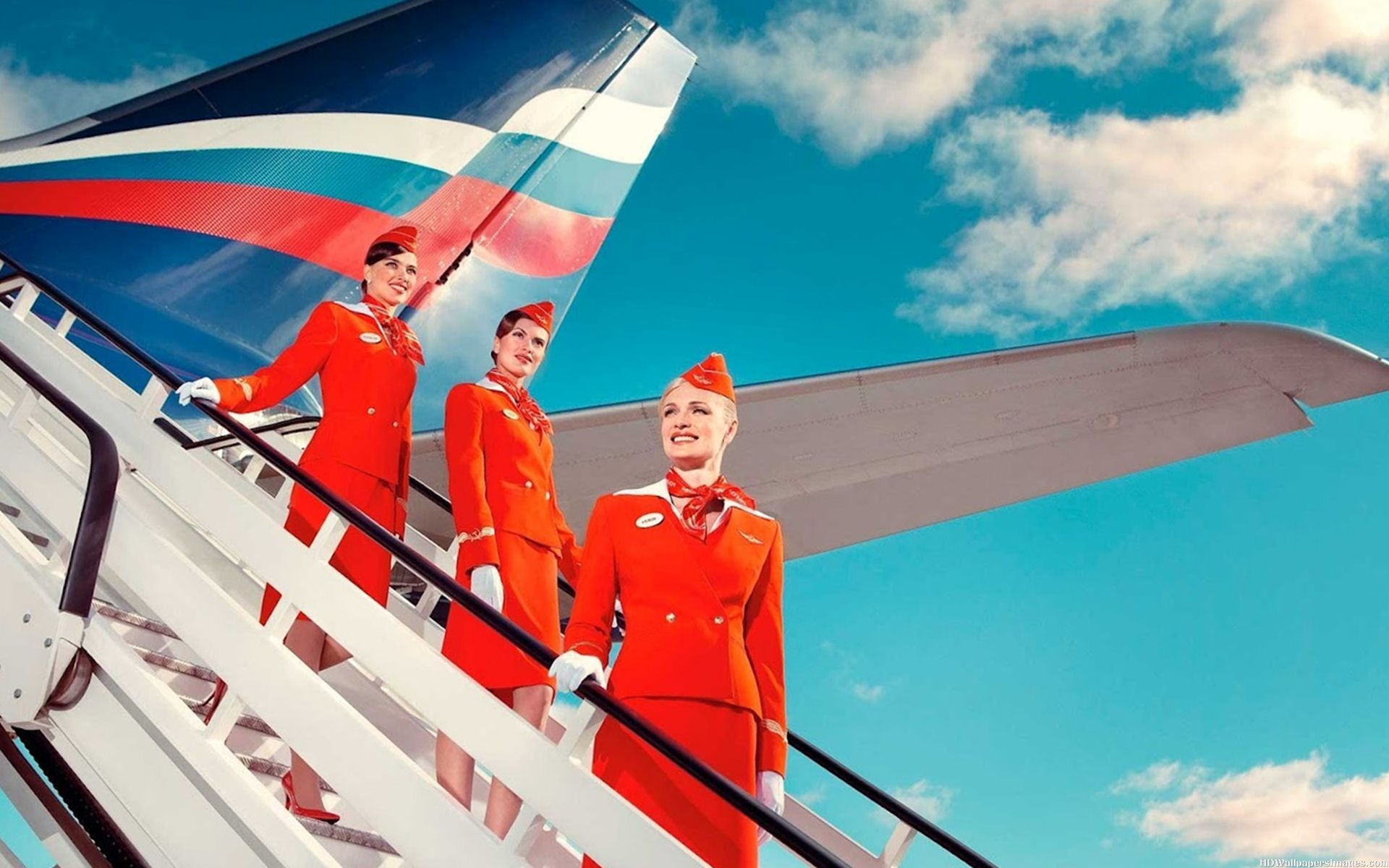 i want to become an airhostess I would like to know if part time work is available if i wanted to become an air hostess what do i have to do i really want to work at the airport or airline work.