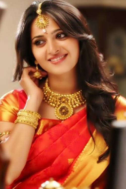 Anushka Wallpapers Free Download