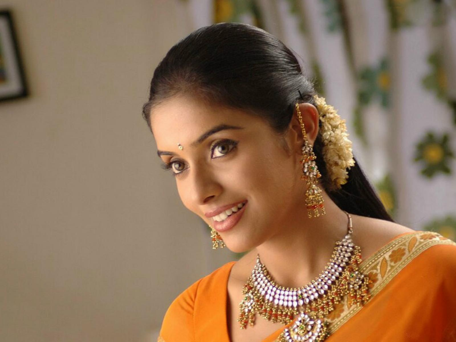 Asin Full HD Wallpaper