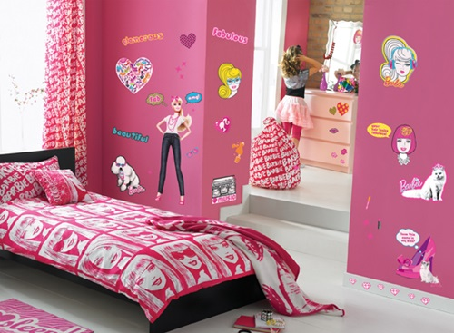 Barbie Room Wallpaper