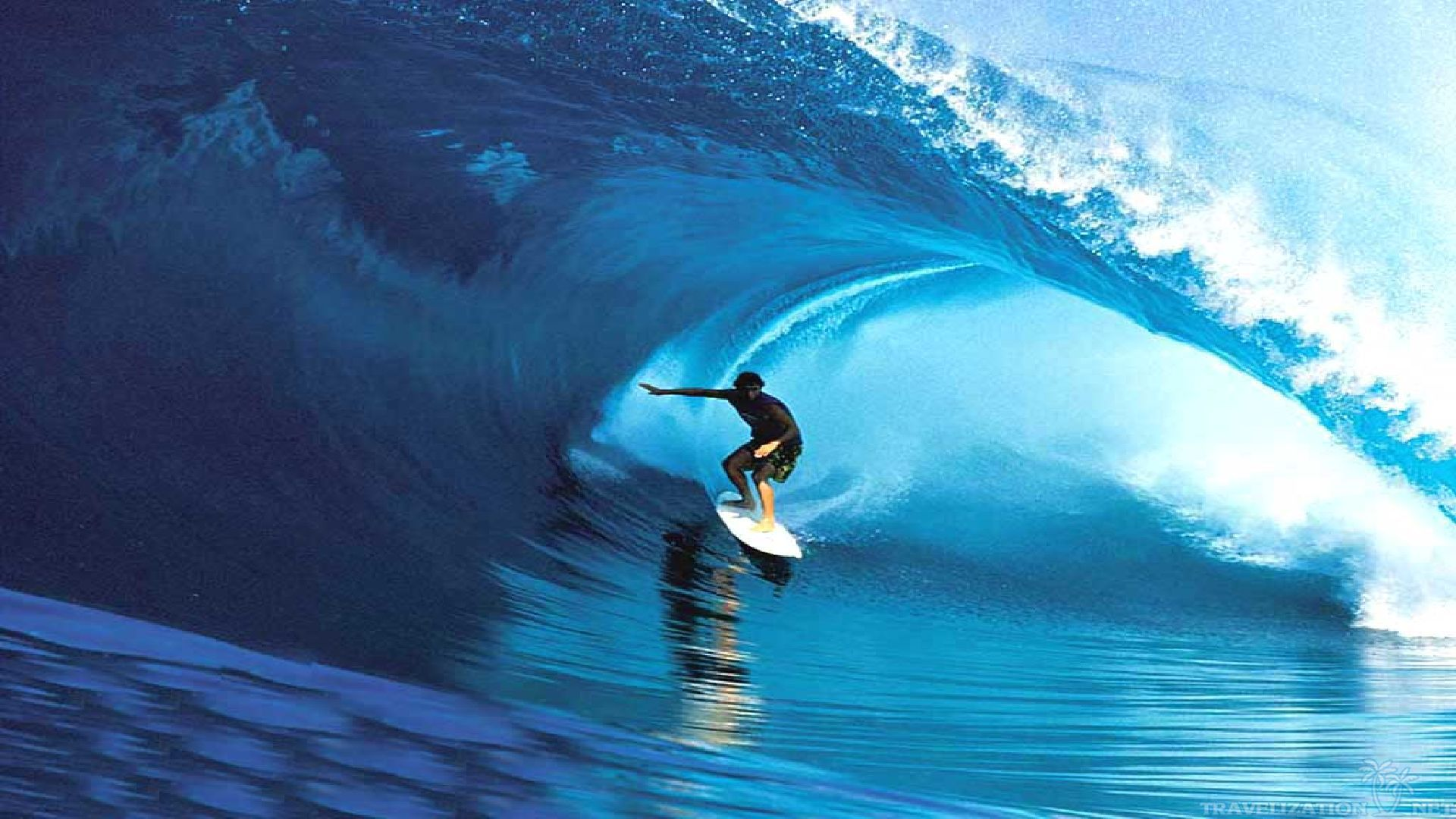 Best Surfing Wallpapers