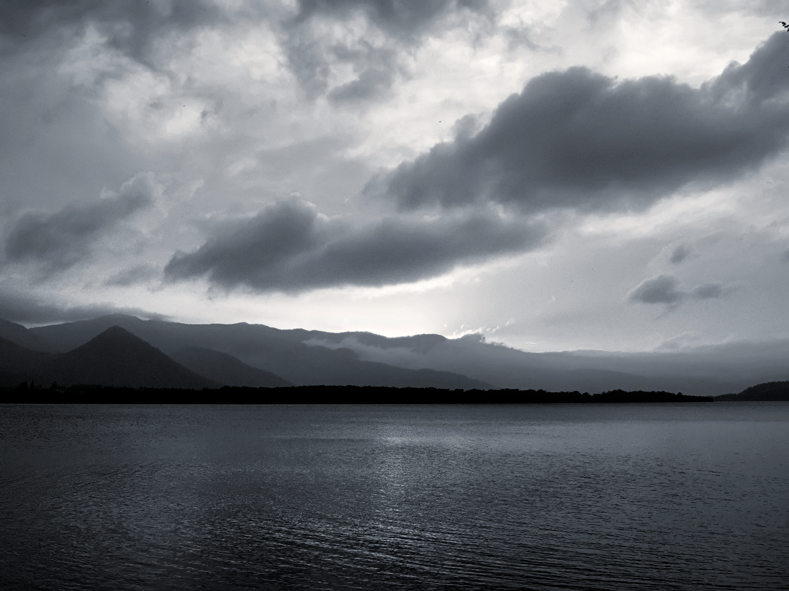 Download Black And White Cloud Wallpaper Gallery