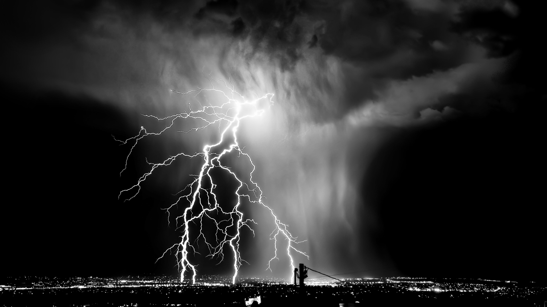 Black And White Lightning Wallpaper