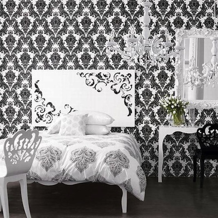 Black And White Wallpaper In Bedroom