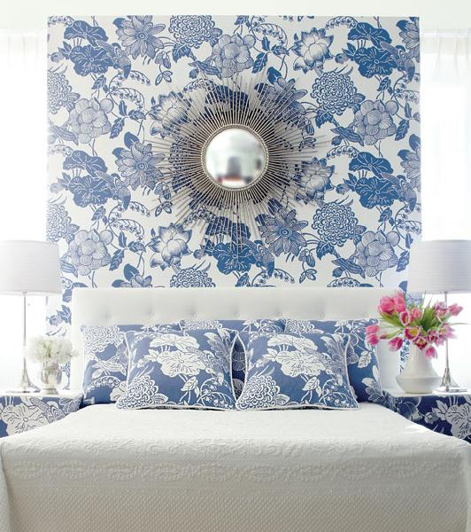 Blue Wallpaper Room