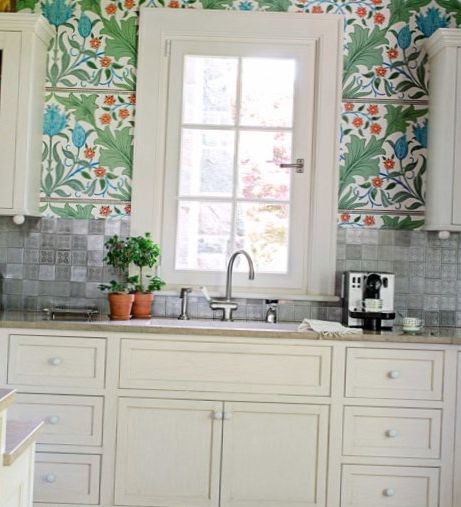 Bright Kitchen Wallpaper