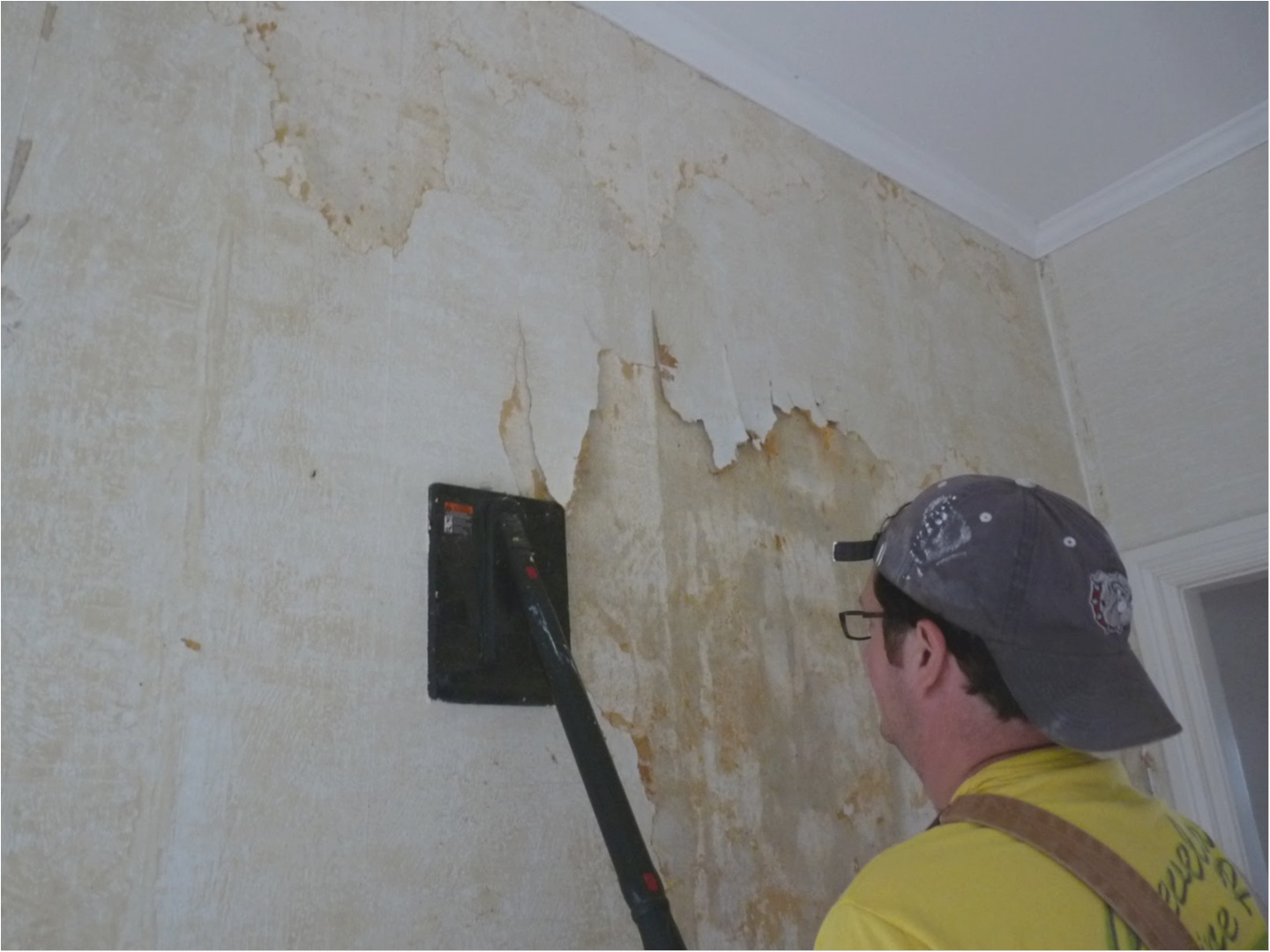 Can I Plaster Over Wallpaper