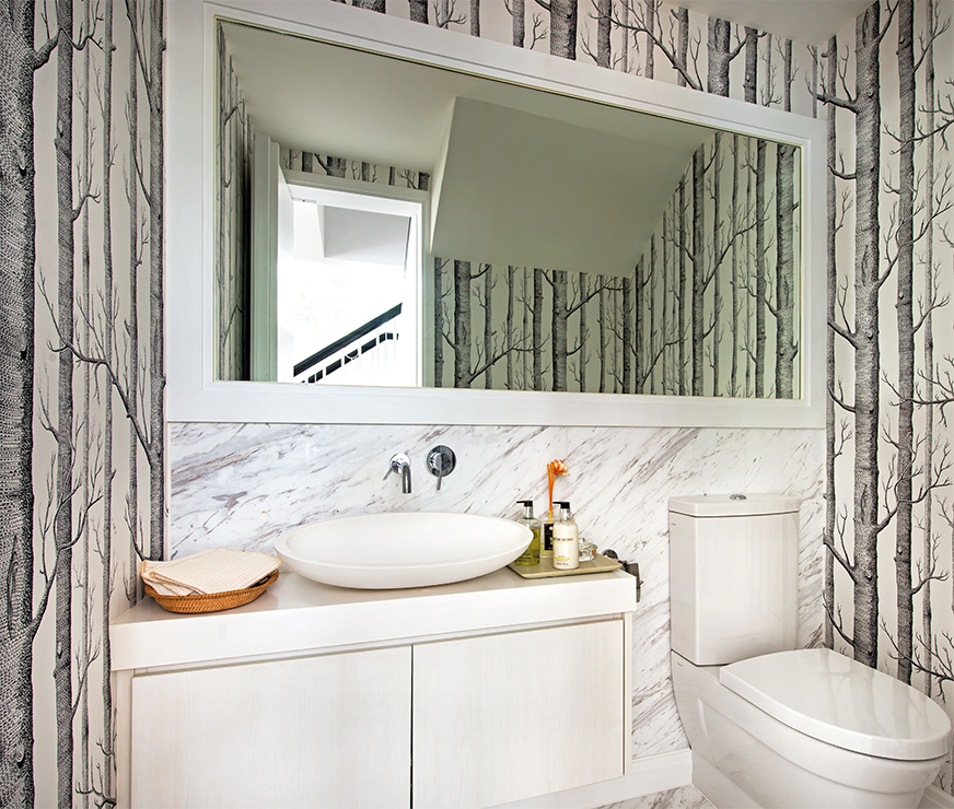Can I Use Wallpaper In A Bathroom