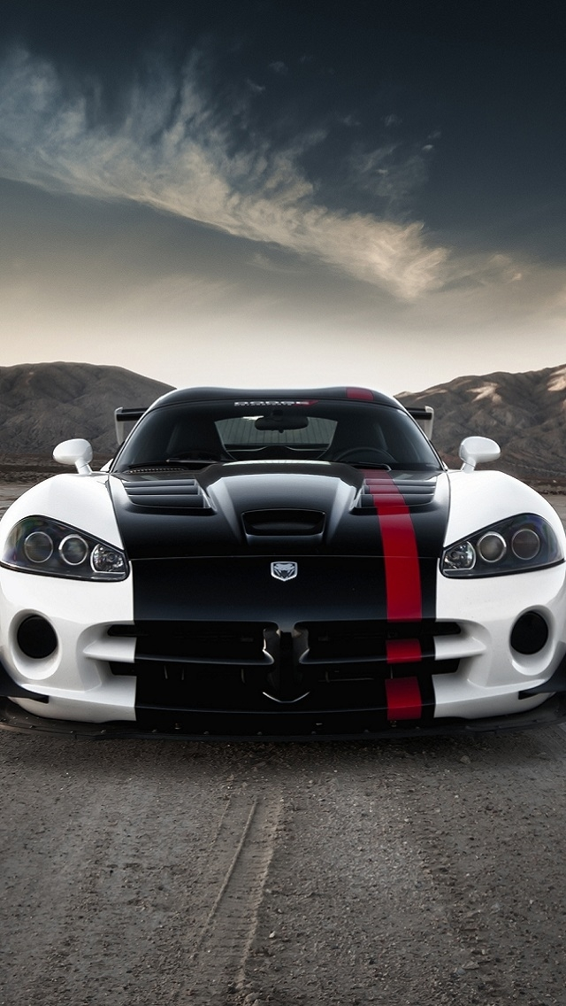 Car Wallpapers For Iphone 5s