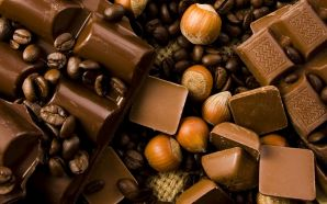 Chocolate Wallpaper HD