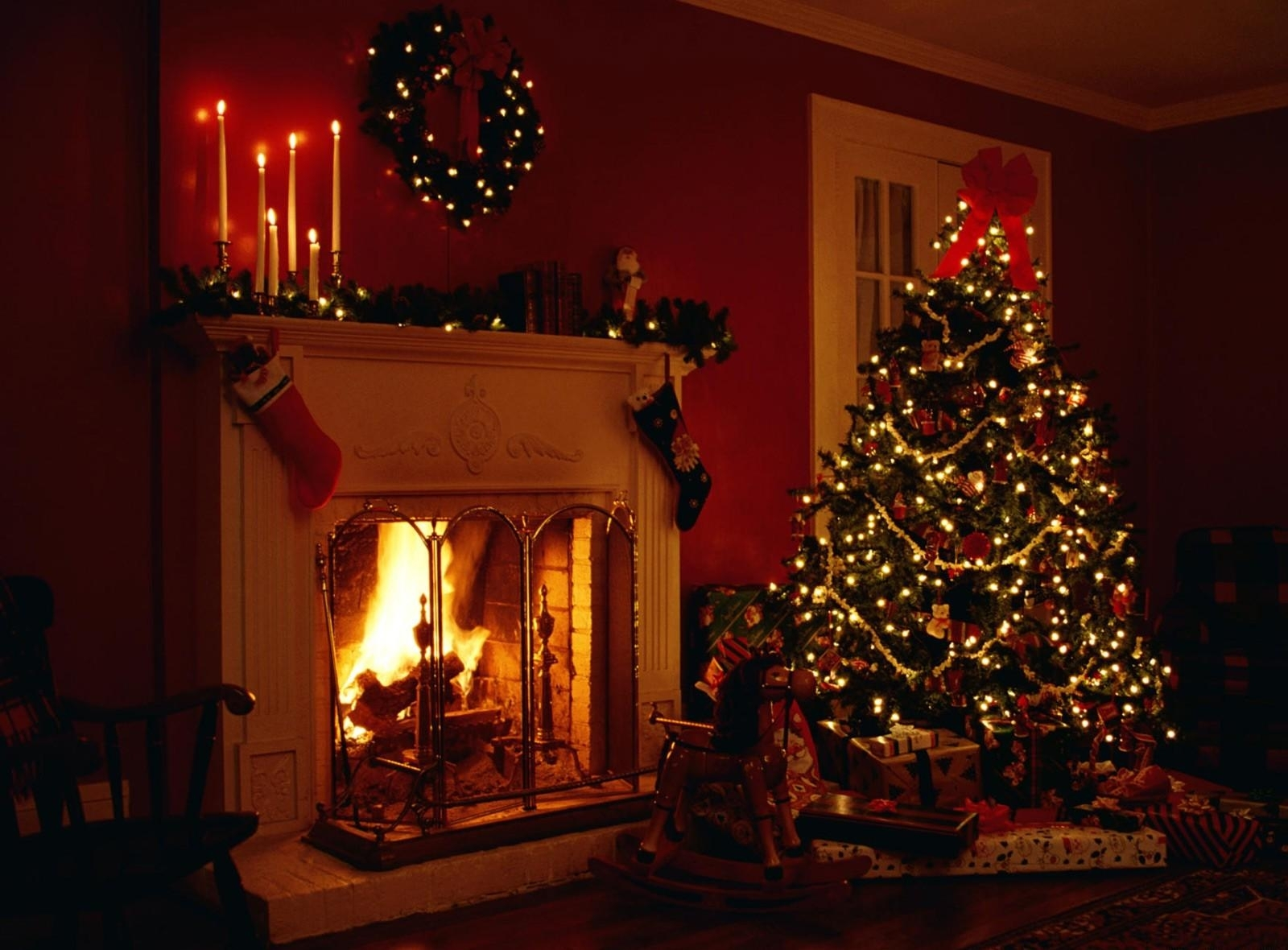 Download Christmas Fireplace Wallpaper Gallery