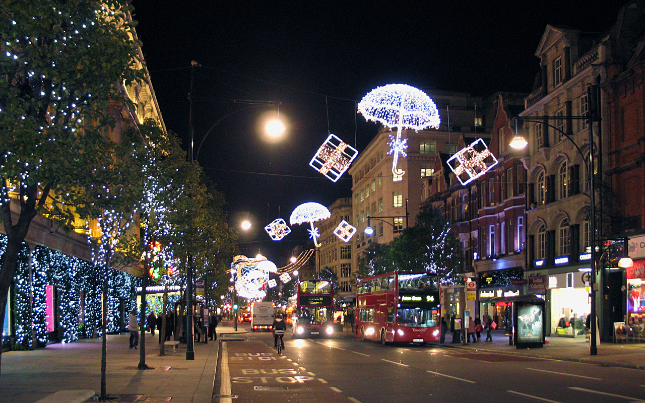 Christmas In London Wallpaper