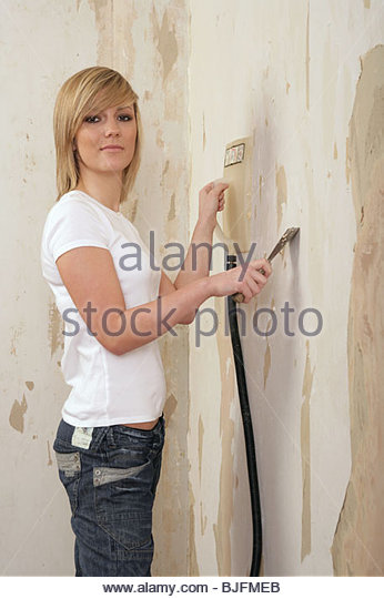 Clothes Steamer To Remove Wallpaper