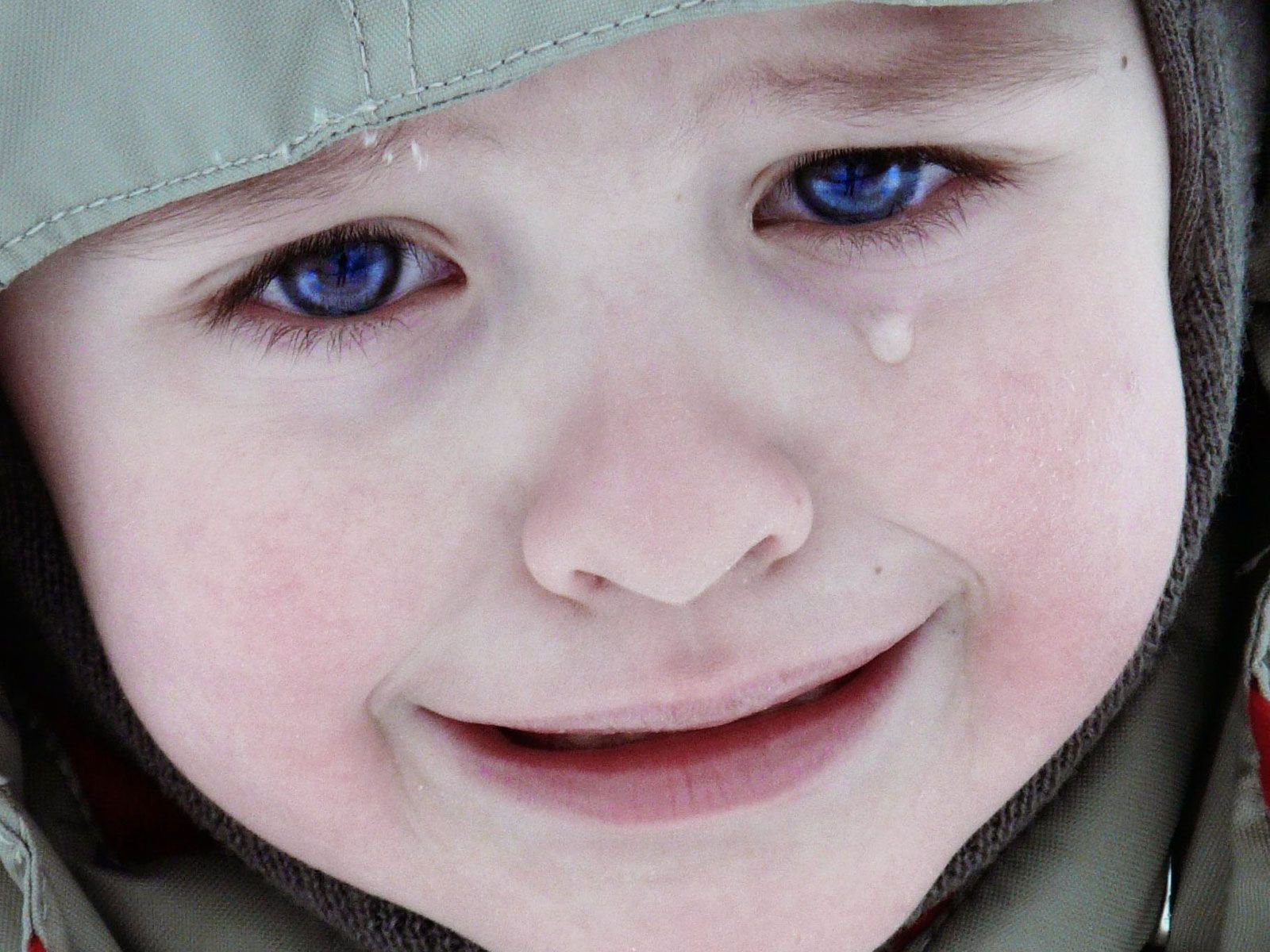 Crying Wallpaper Download