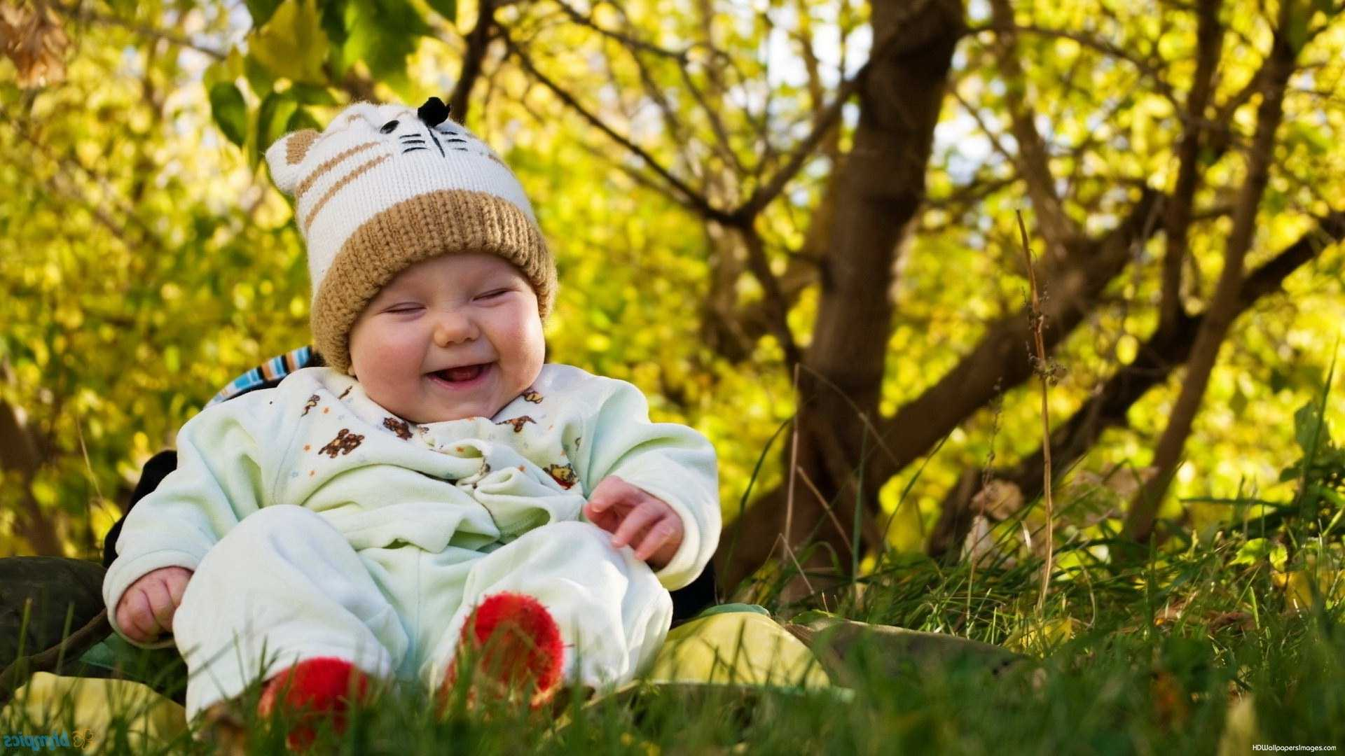 Cute Laughing Babies Wallpapers