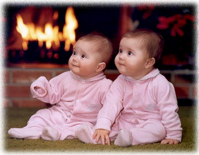 Cute Twin Babies Wallpapers Free Download