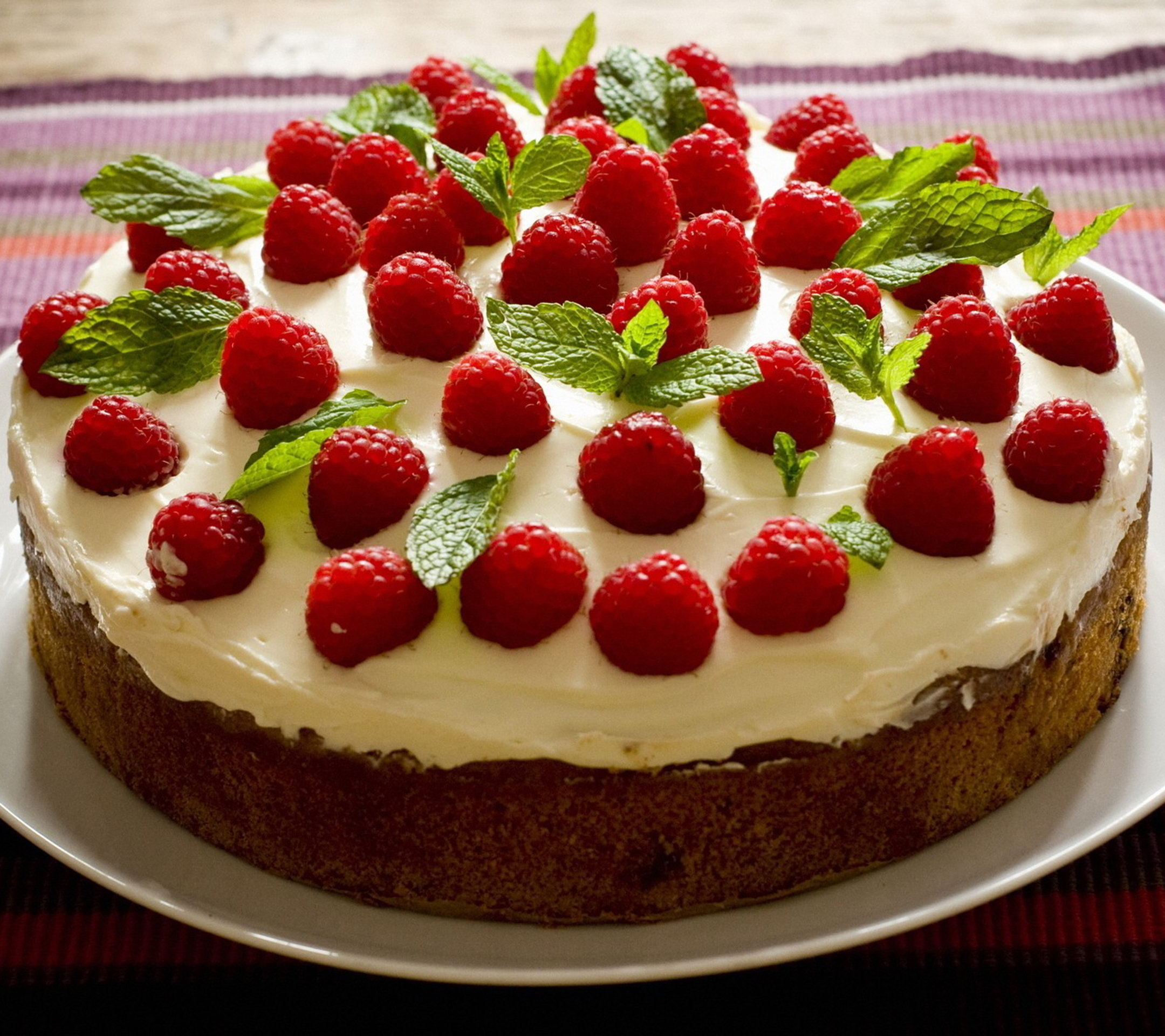 Download Delicious Cakes Wallpapers Gallery