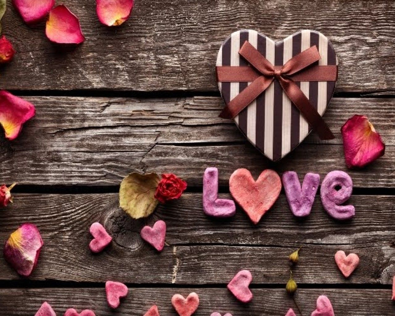 Download Cute Love Wallpapers