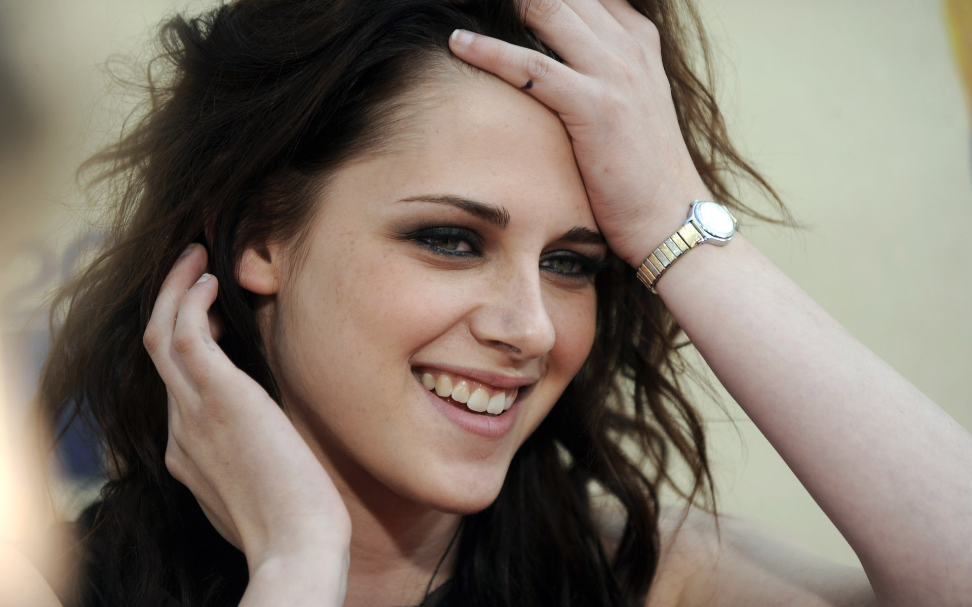 Download Kristen Stewart Wallpaper