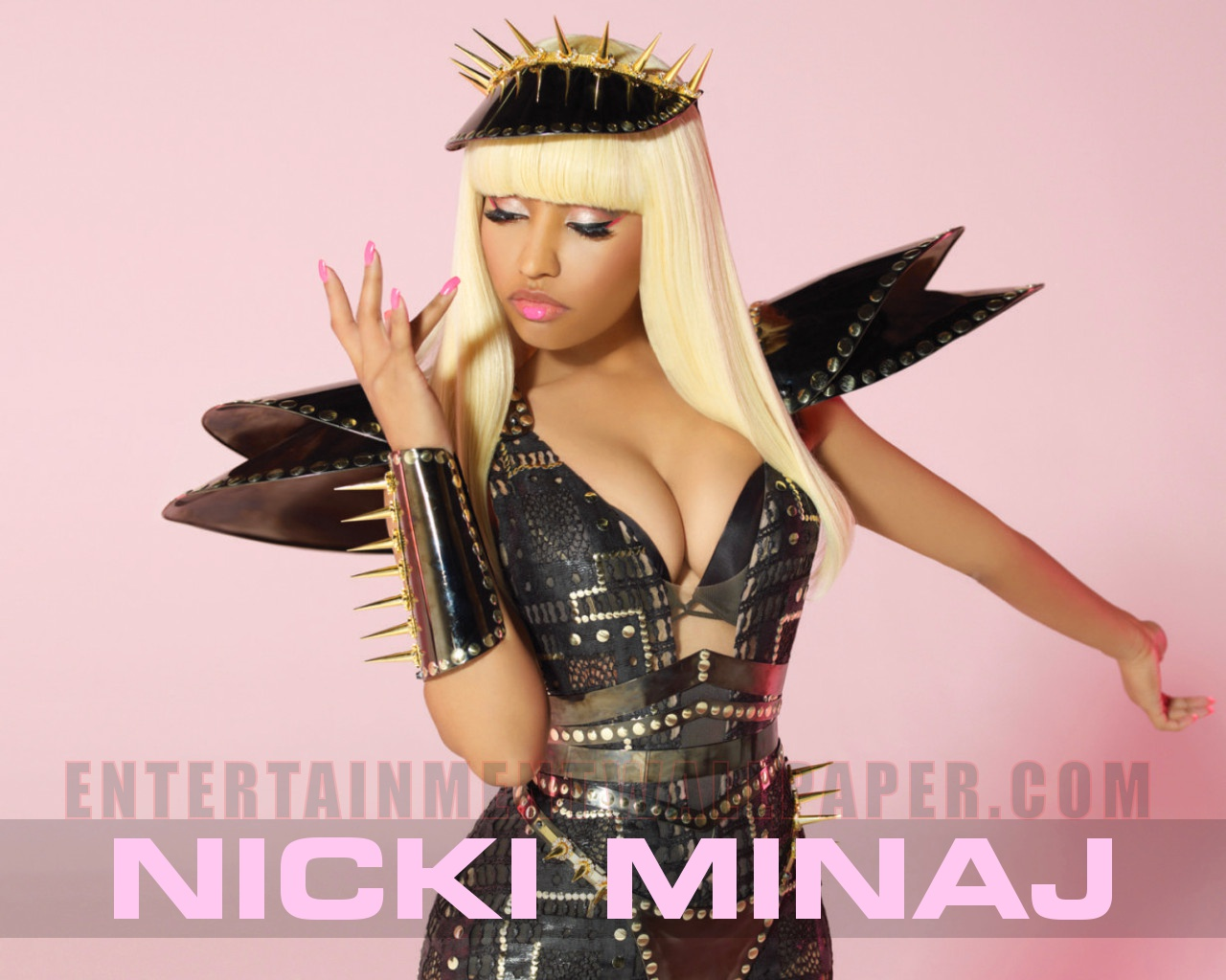 Download Nicki Minaj Wallpaper