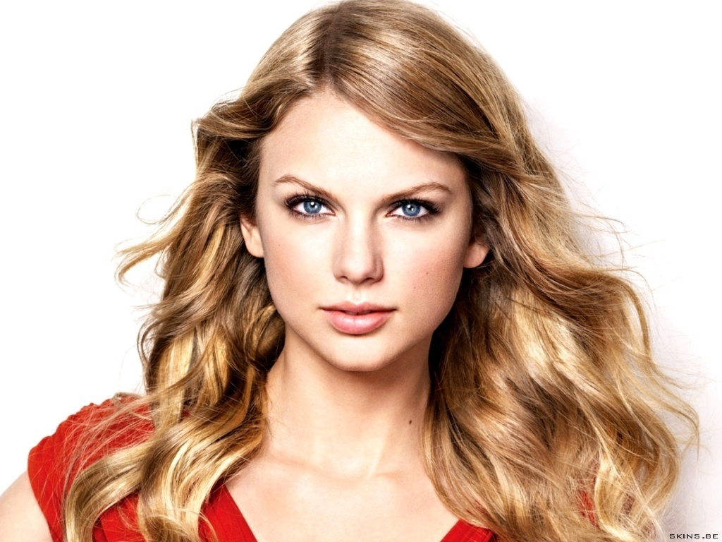 Download Taylor Swift Wallpaper