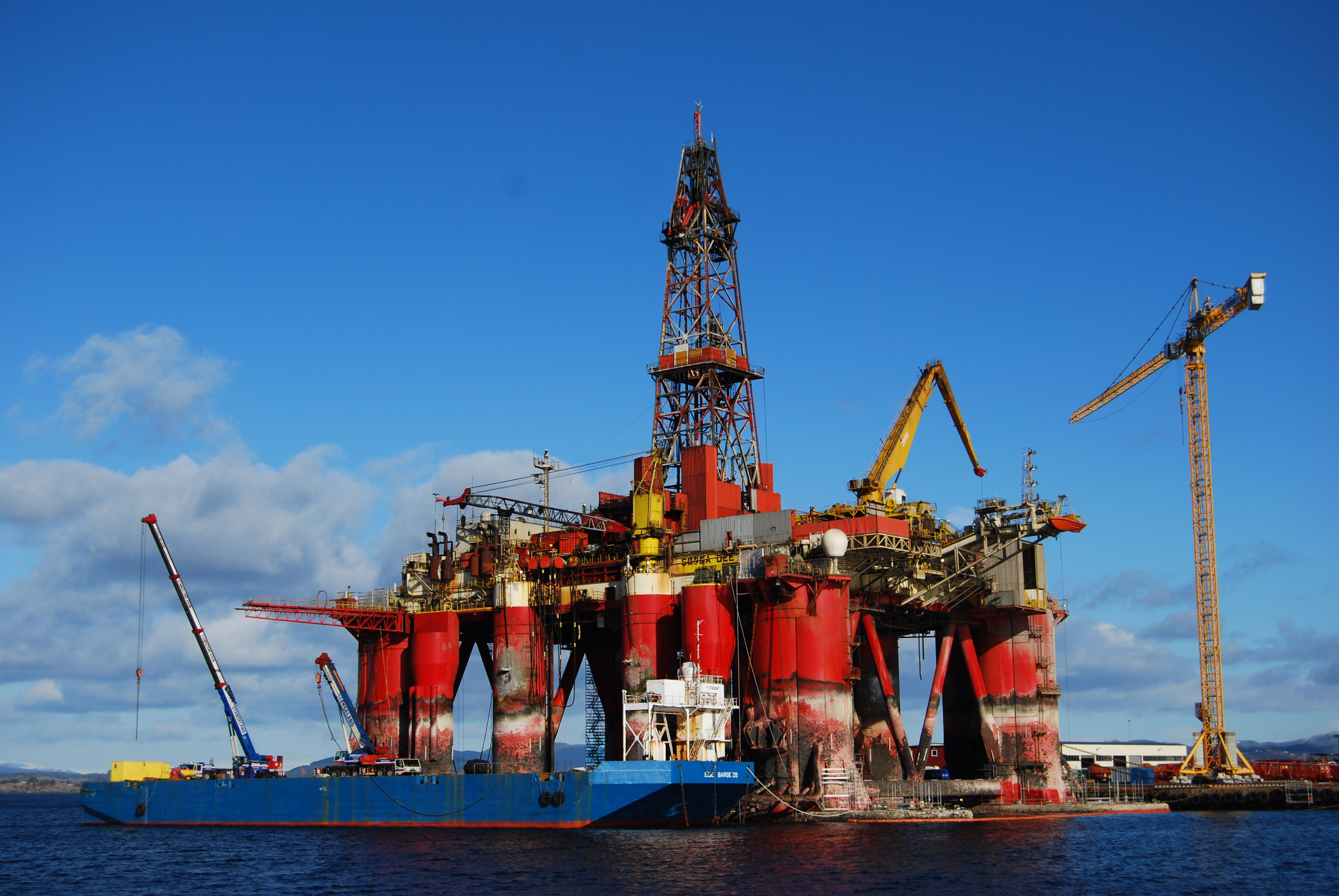 Download Drilling Rig Pictures Wallpaper Gallery