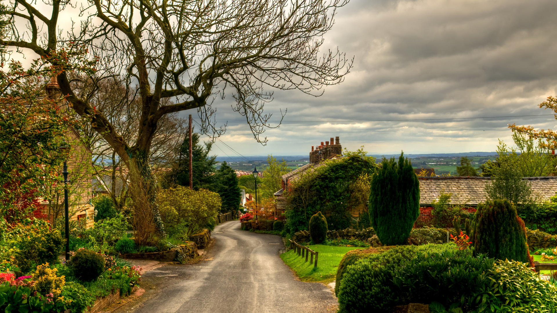 English Village Wallpaper