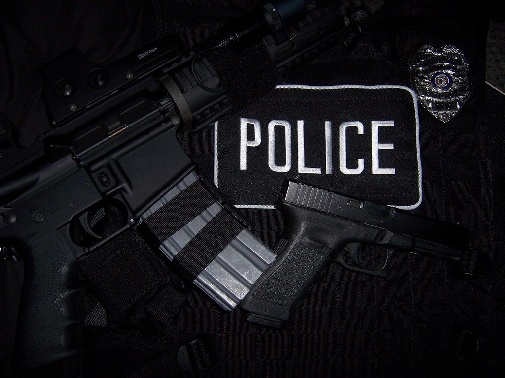 Free Police Wallpaper