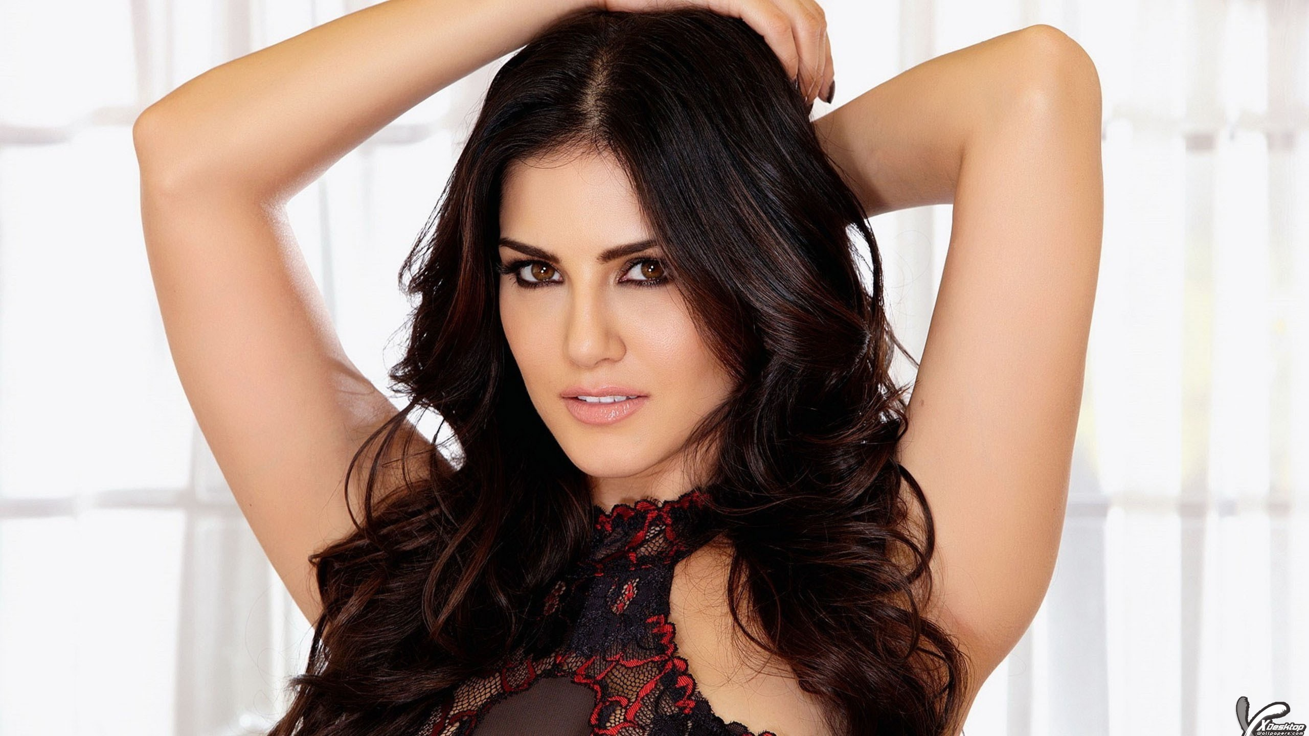 Full HD Sunny Leone Wallpaper