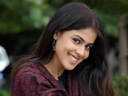 Genelia Full HD Wallpapers Download