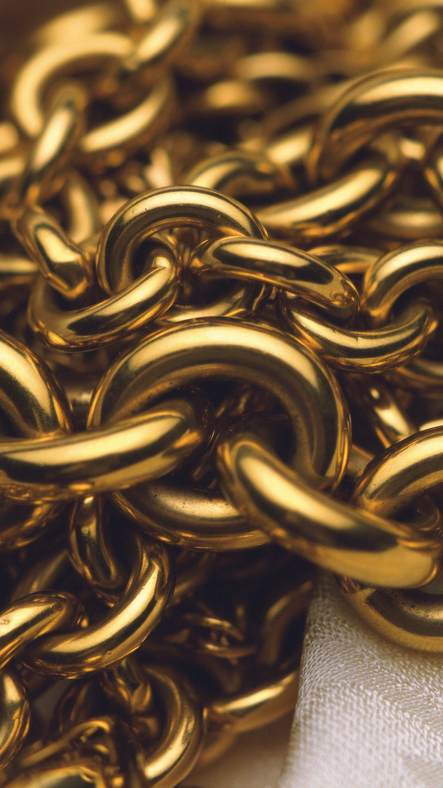 Download Gold Chain Wallpaper Gallery