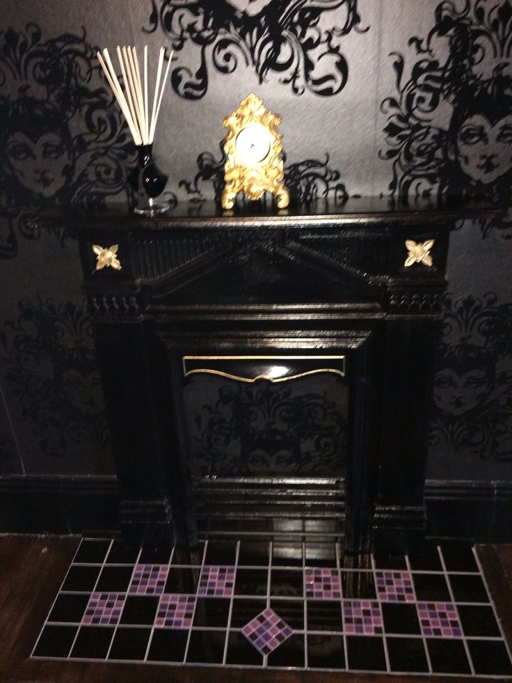 Gothic Room Wallpaper