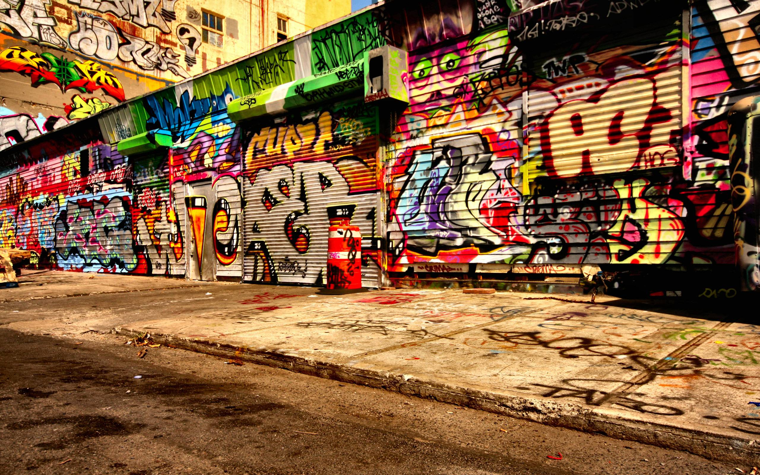 Graffiti Street Wallpaper