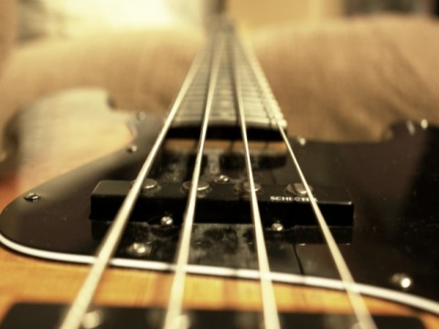 HD Bass Guitar Wallpaper