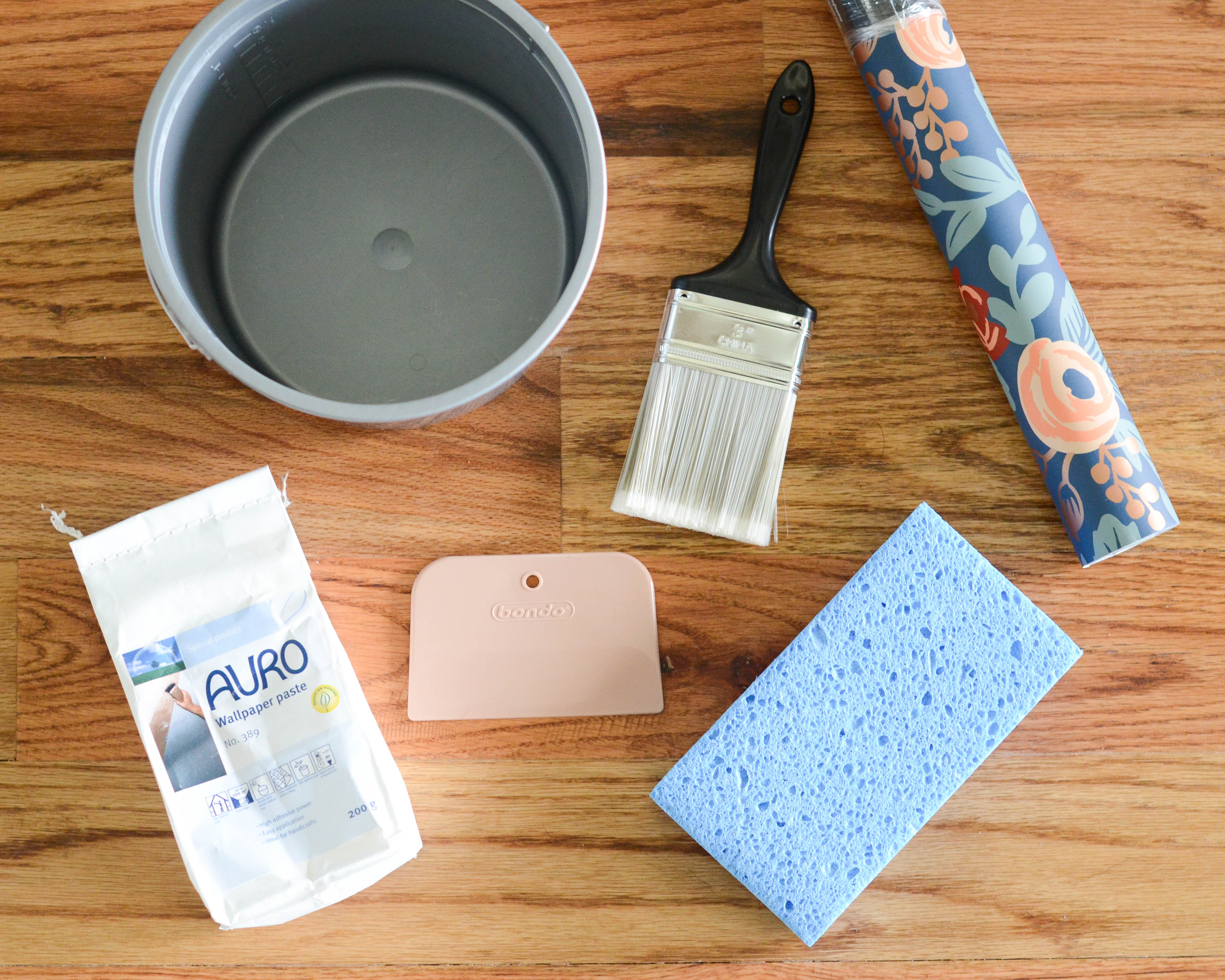 Expert Advice on Howto Paint on Wallpaper  Behr