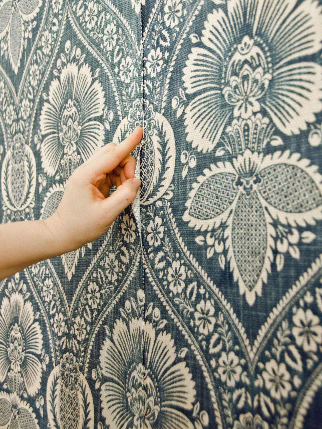 How To Apply Wallpaper To Wall