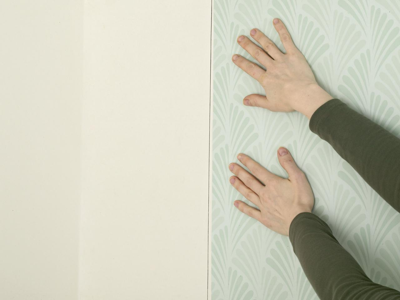 How To Place Wallpaper