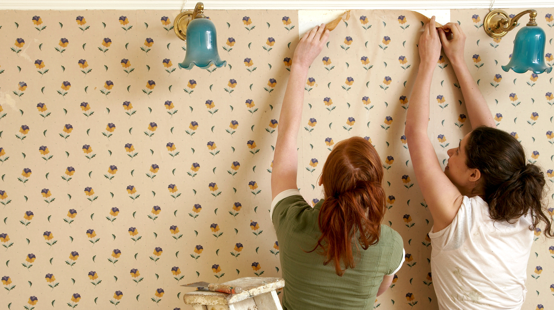 How To Remove Old Vinyl Wallpaper