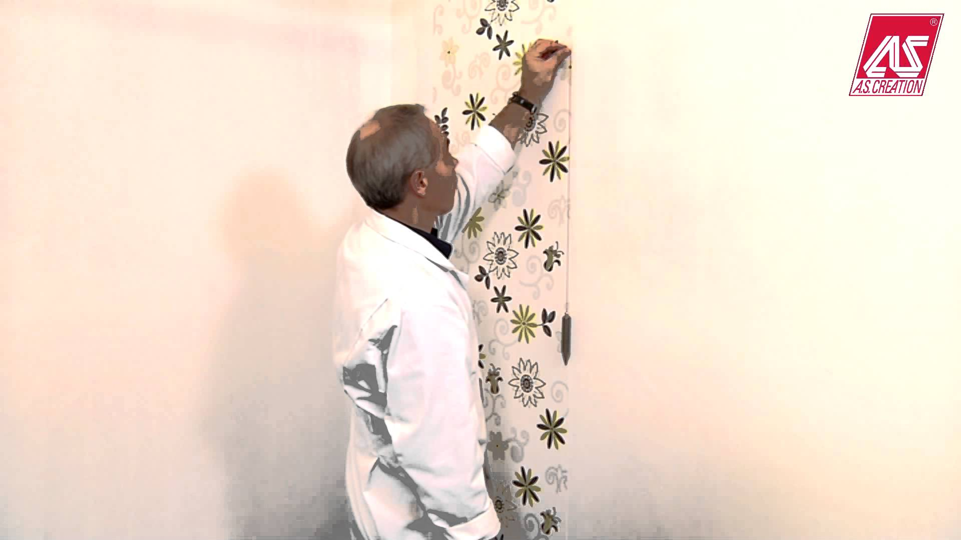How To Use A Plumb Line When Wallpapering