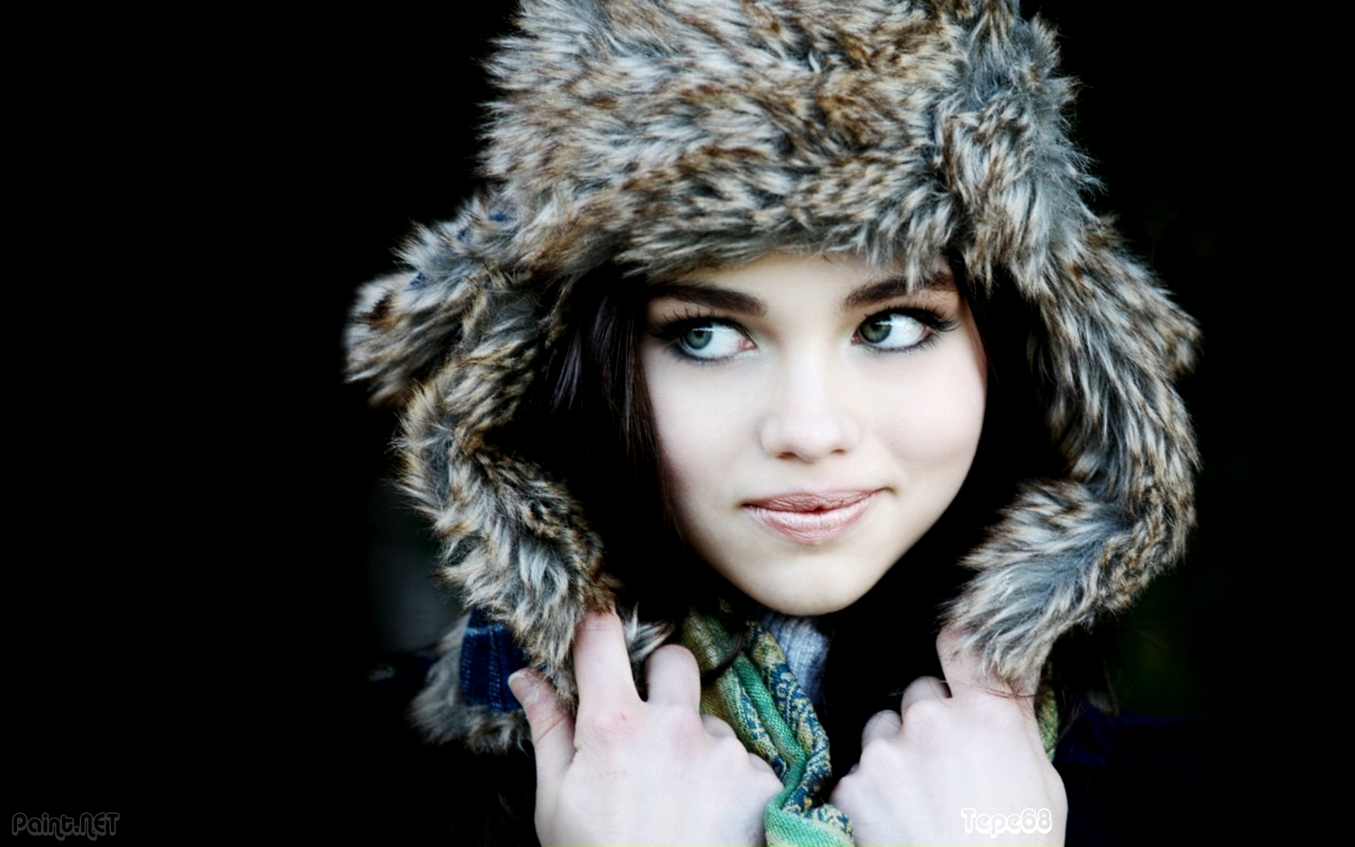 India Eisley Wallpaper