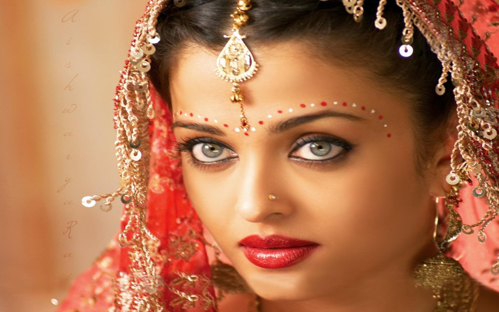 Indian Ladies Wallpaper